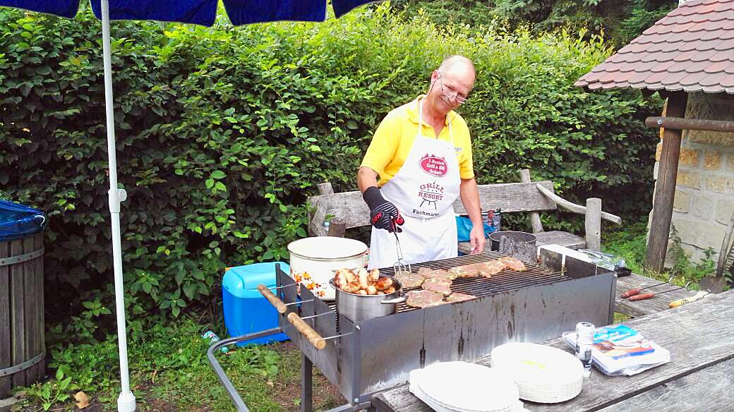 Der Grillmeisetr vom Sommerfest